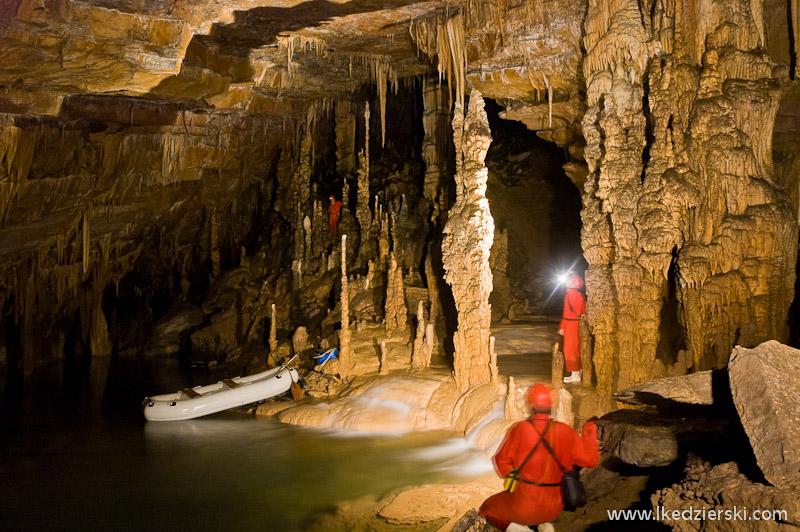 jaskinia Križna Jama jeziorko