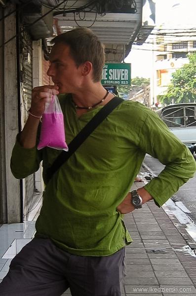 tanie podróżowanie tajlandia naturalny sok