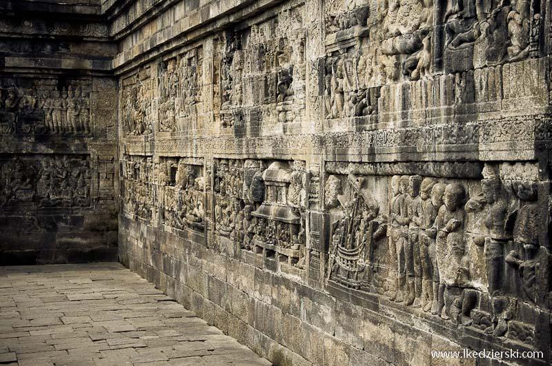 świątynia borobudur płaskorzeźba