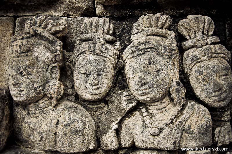 świątynia borobudur płaskorzeźby