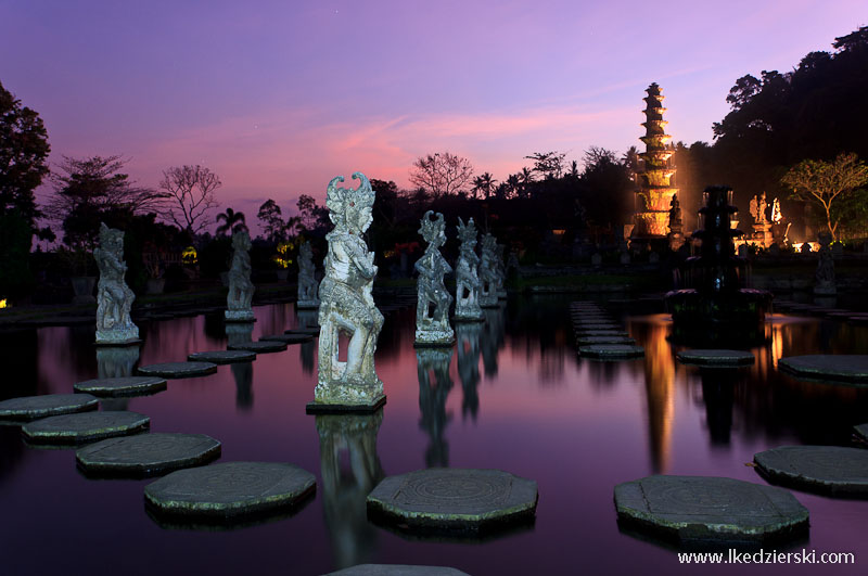 pałac tirtagangga naga sanga