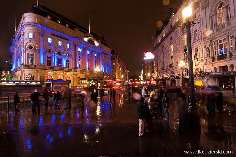 zwiedzanie londynu piccadilly circus