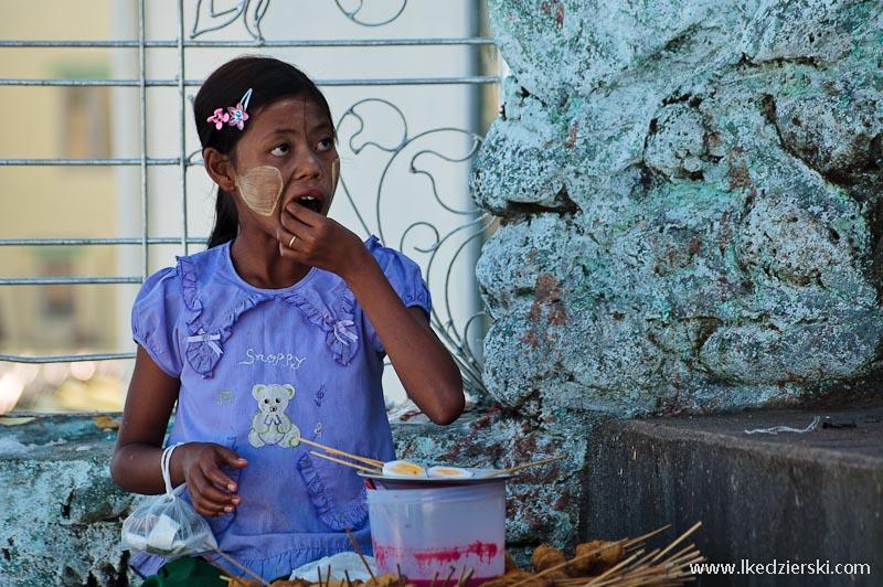 birmańska dziewczyna portret