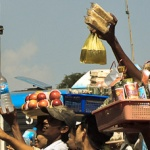 Birma – pierwsze minuty w tym kraju, czyli wymiana dolarów