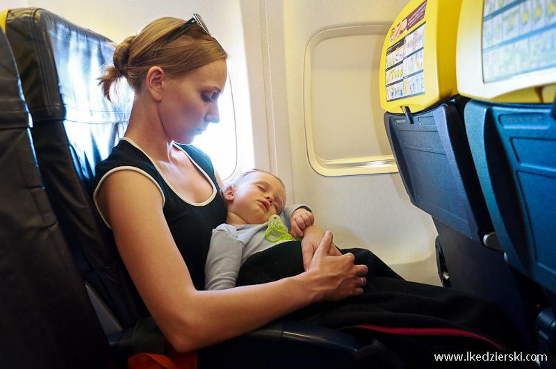 nadia w podróży samolot