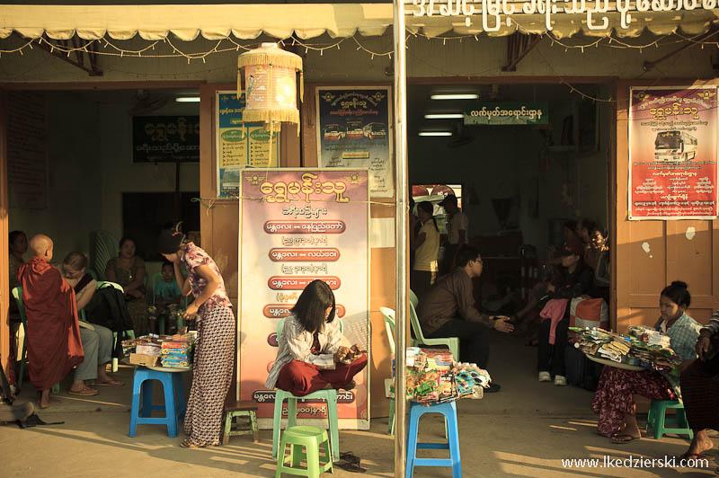 dworzec autobusowy w Mandalay