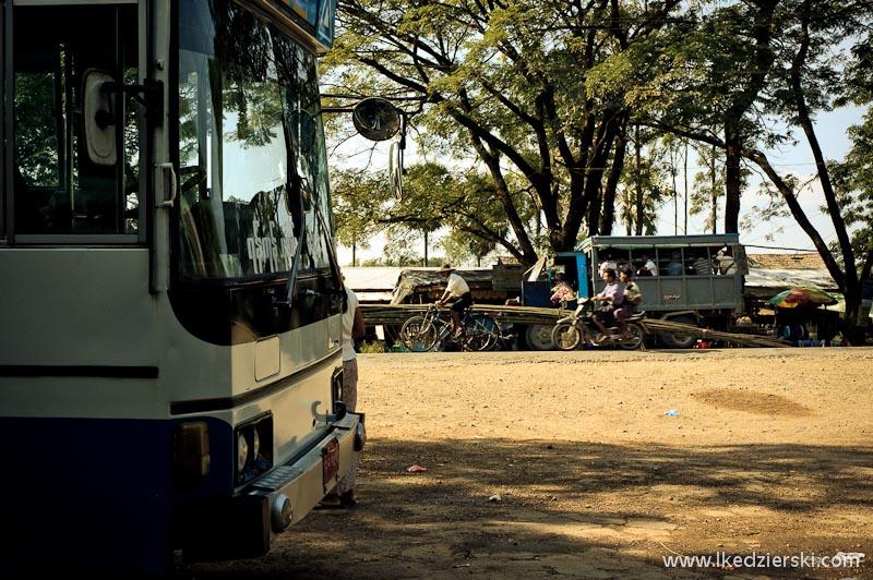 Przejazd z Bagan do Ngwe Saung Beach
