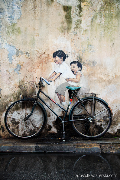 murale w georgetown zacharevic little children on a bicycle