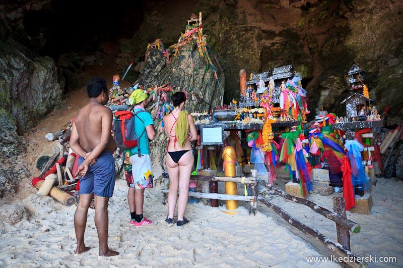 hat phra nang princess cave