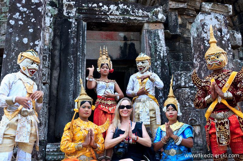 angkor thom pamiątkowe zdjęcie