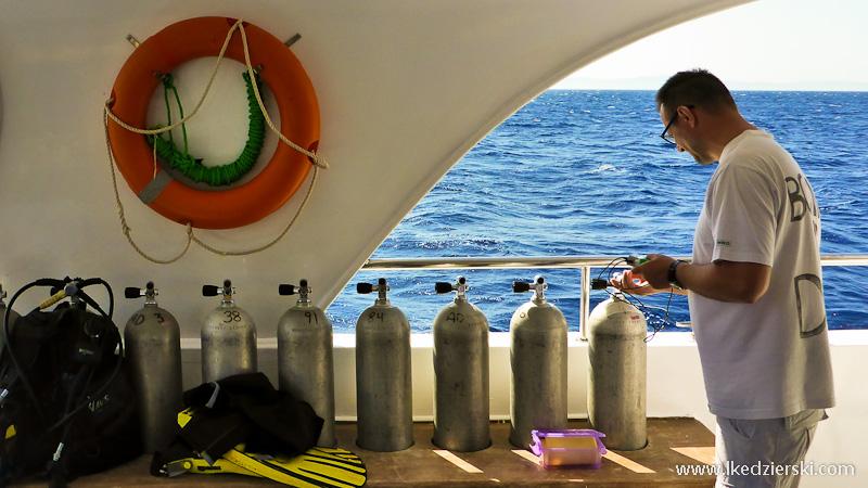 nurkowanie w dahab łódź