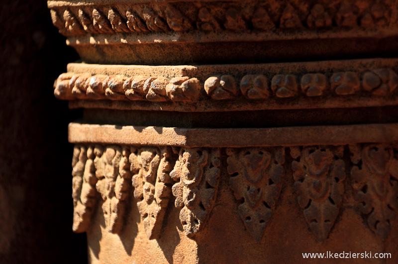 świątynia w kambodży zdobienia