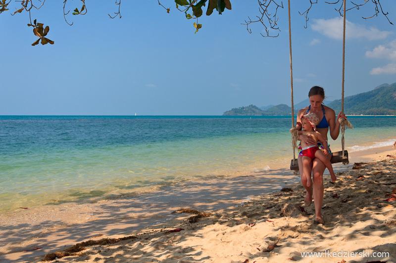 plaża kai bae beach huśtawka