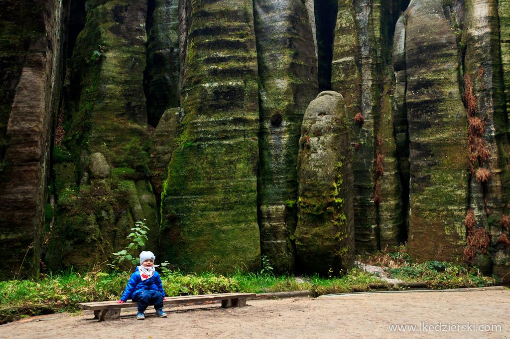 Adršpach skalne miasto nadia w podróży