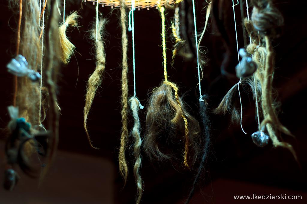 u penaka włosy