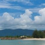 Plaża na Langkawi, czyli maluch na plaży