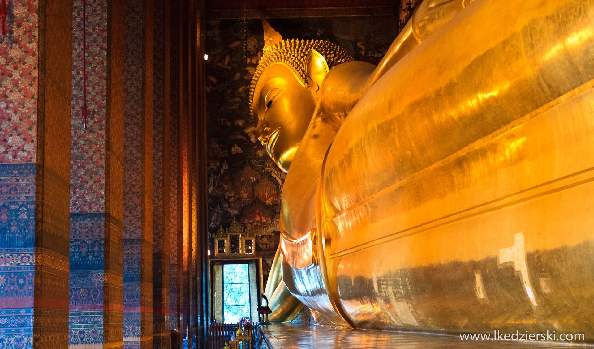 Bangkok. Świątynia Wat Po (Wat Phra Chetuphon) - Świątynia Leżącego Buddy.