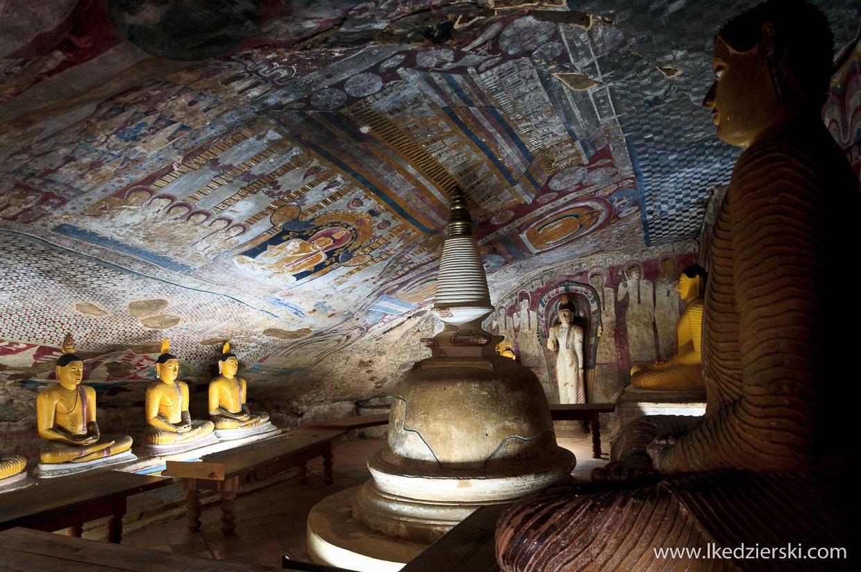sri lanka dambulla temple maha alut viharaya