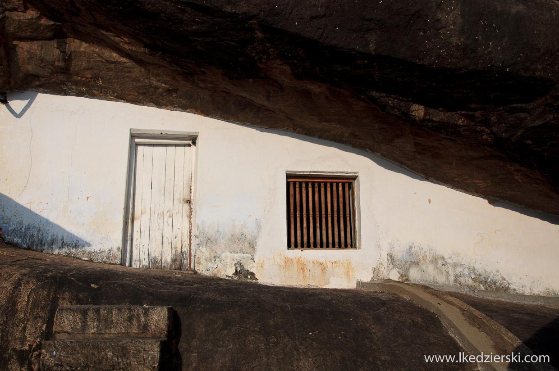 dambulla drzwi świątyni