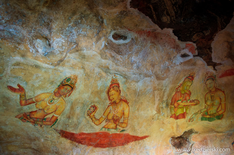 sri lanka sigiriya lwia skała freski