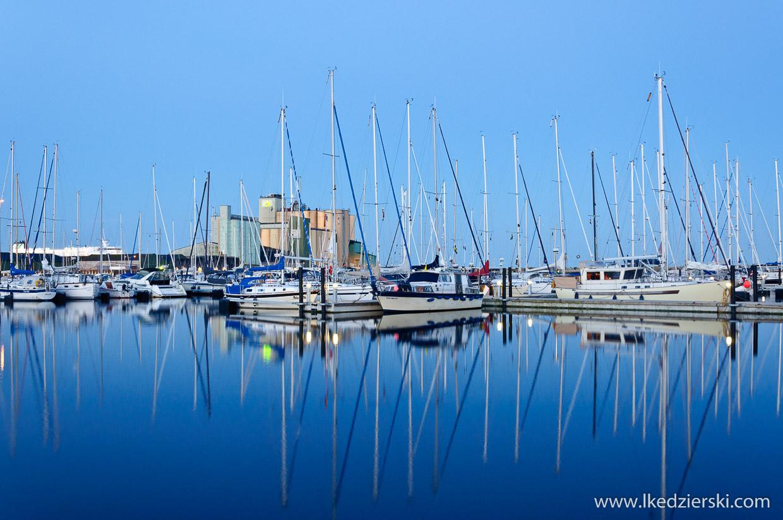 żeglowanie po bałtyku port w Ystad