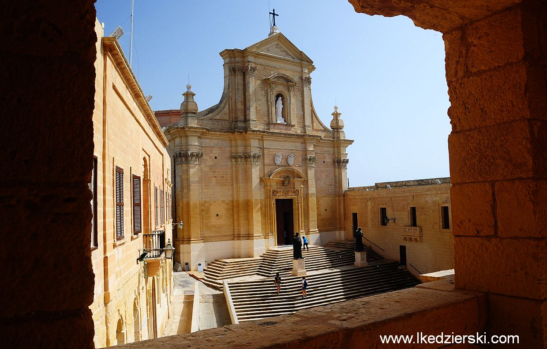 gozo victoria cytadela kościół