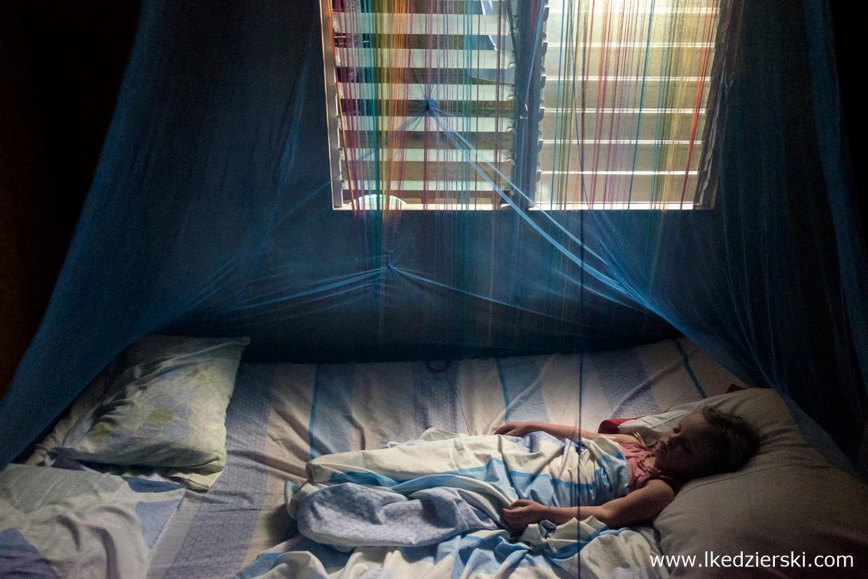filipiny pamilacan moskitiera