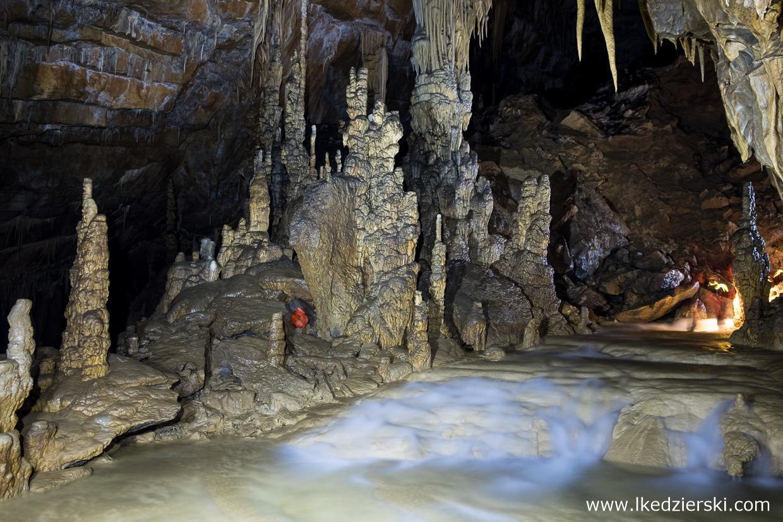 jaskinia krizna jama słoweński kras Križna Jama