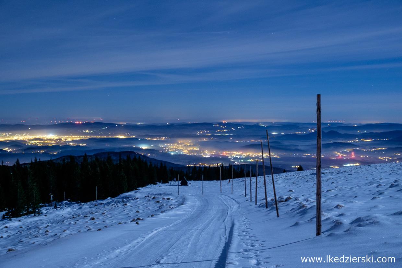 noc w karkonoszach nocne zdjęcia gór