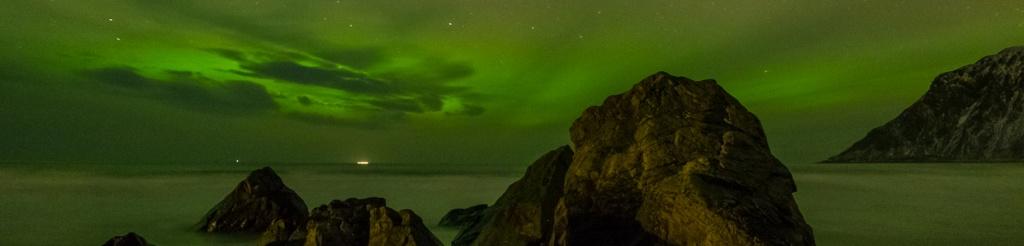 panorama lofoty zorza polarna aurora borealis