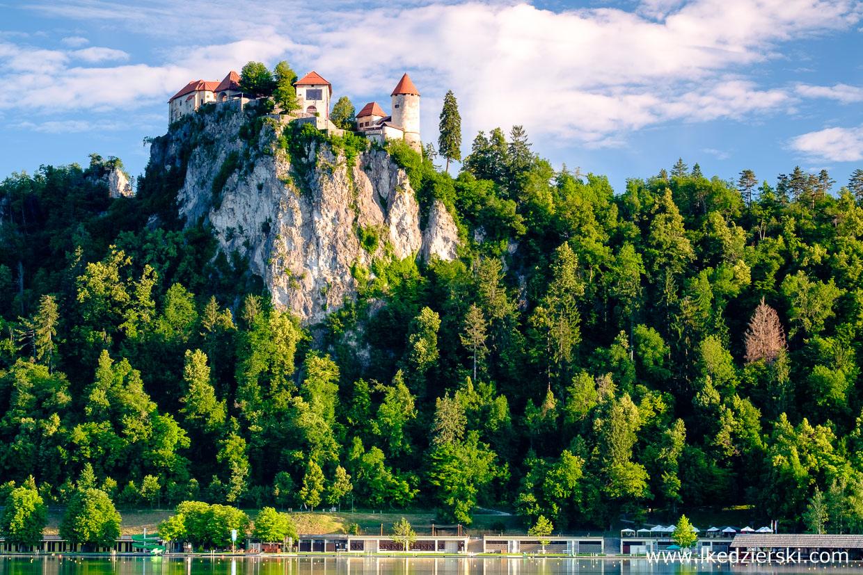 słowenia jezioro bled blejski grad