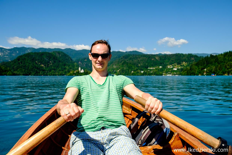 słowenia jezioro bled pletna