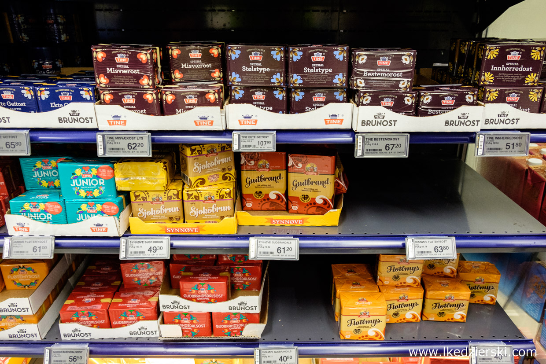jedzenie w norwegii brunost norweski ser