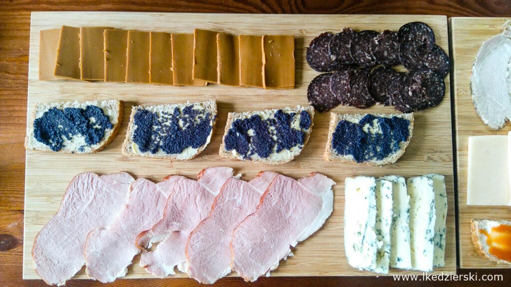 jedzenie w norwegii śniadanie brunost salami z łosia kawior