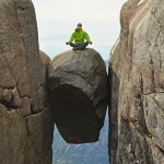 Kjeragbolten – najsłynniejszy zaklinowany kamień Norwegii