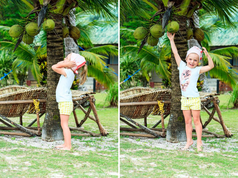 filipiny port barton plaża white beach nadia w podróży kokos