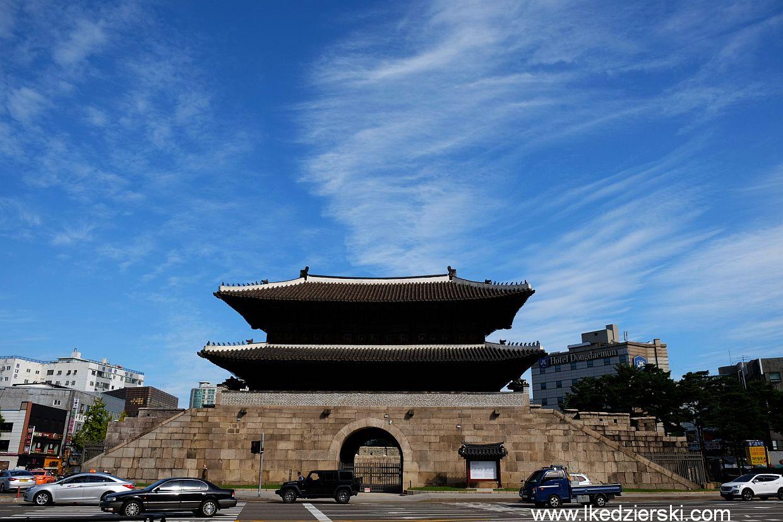 korea seul heunginjimun gate