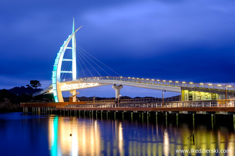 korea południowa nocne zdjęcia Saeyeongyo Bridge (새섬 새연교) , Seogwipo na wyspie Jeju