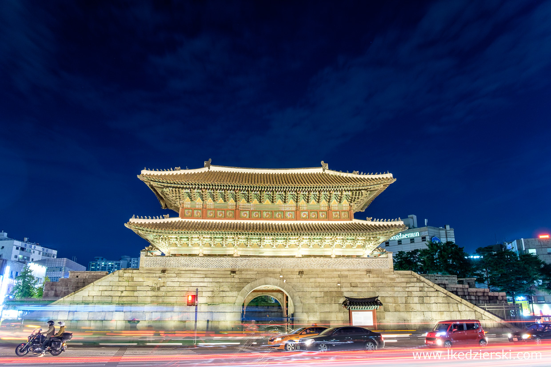 Seoul Mury obronne w okolicach bramy Dongdaemun (Heunginjimun Gate) (동대문 - 흥인지문), Seul
