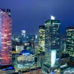 Jak wygląda Warszawa na nocnych zdjęciach z tarasu widokowego?