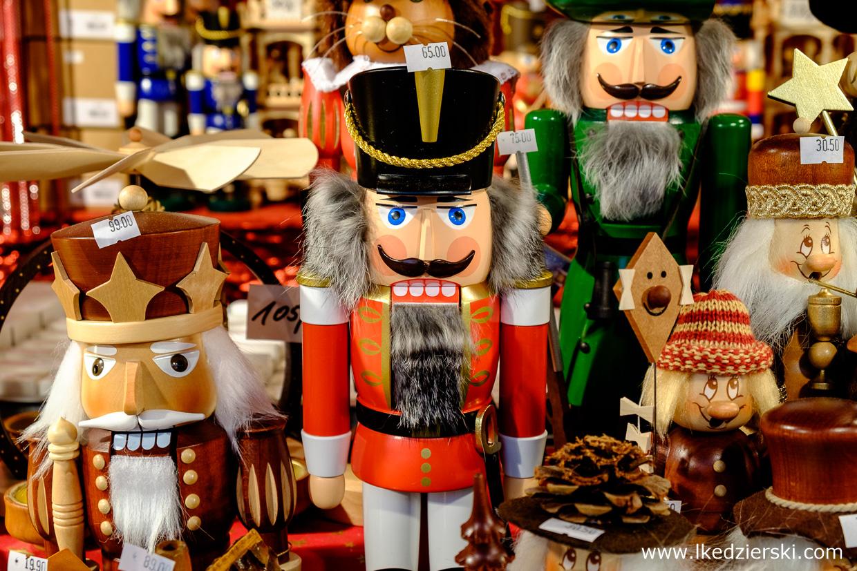 drezno striezelmarkt jarmark bożonarodzeniowy weihnachtsmarkt co warto kupić na jarmarku