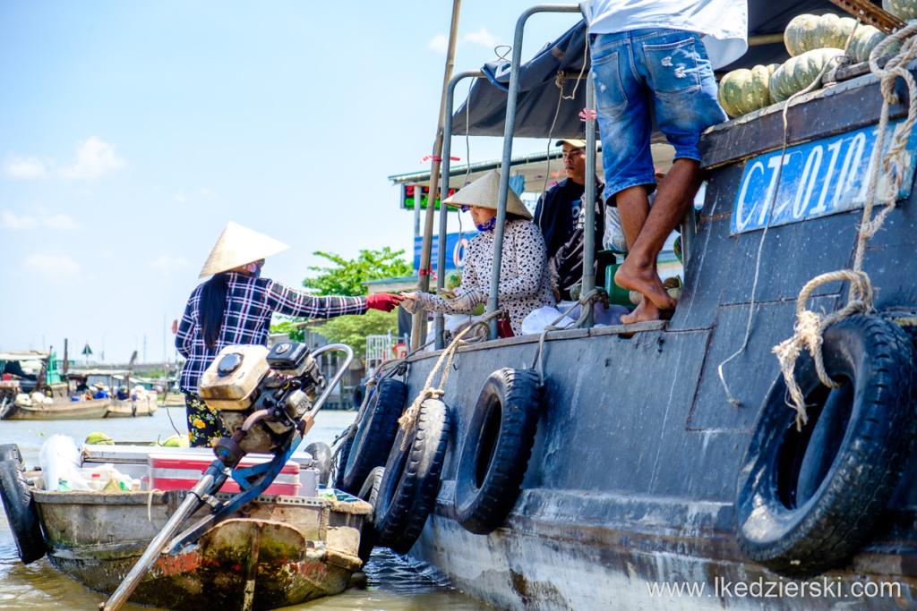 wietnam can tho delta mekongu pływające markety