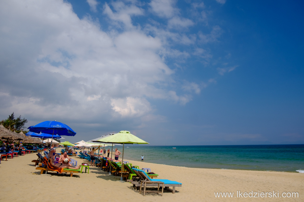 wietnam hoi an an bang beach