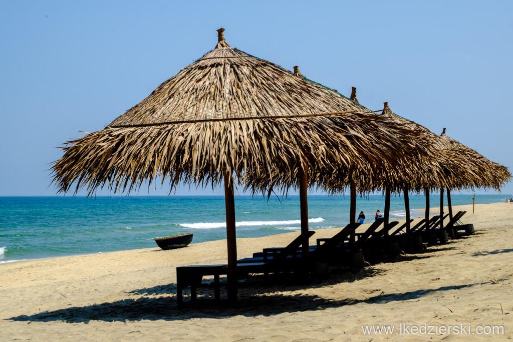 wietnam hoi an an bang beach