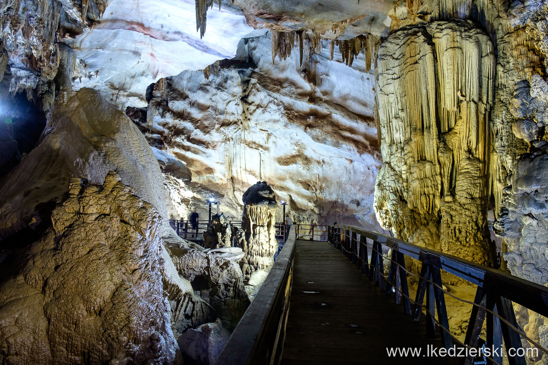 wietnam paradise cave jaskinie wietnamu