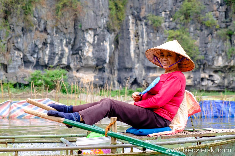 wietnam tam coc łódki rejs łódką