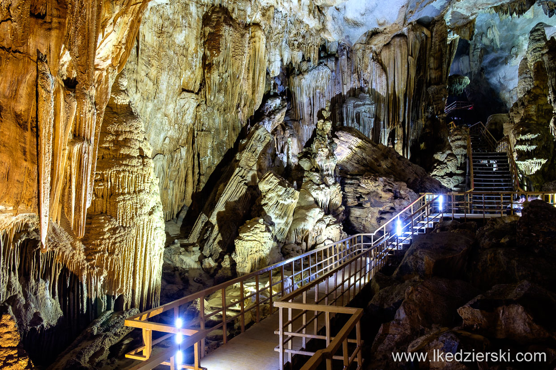wietnam tien son cave jaskinia speleo caving