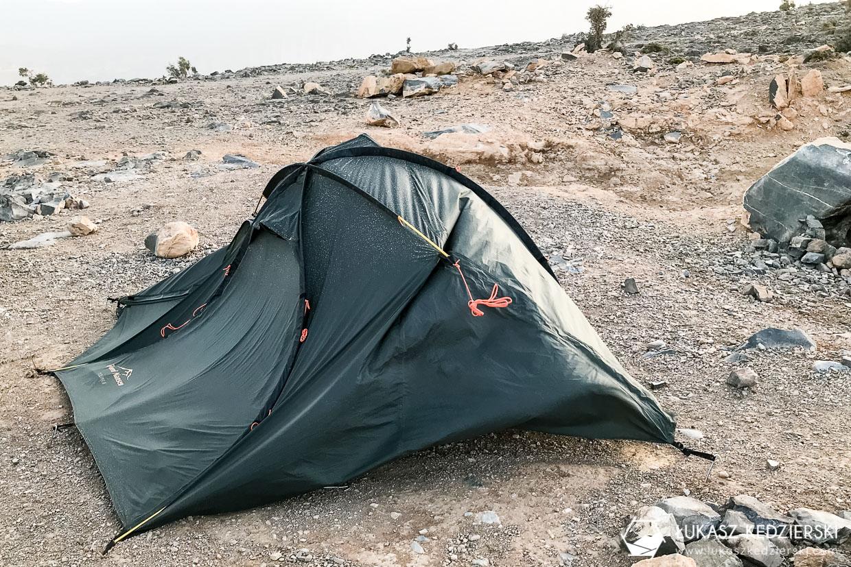 noclegi w omanie oman pod namiotem kemping w omanie jabal shams