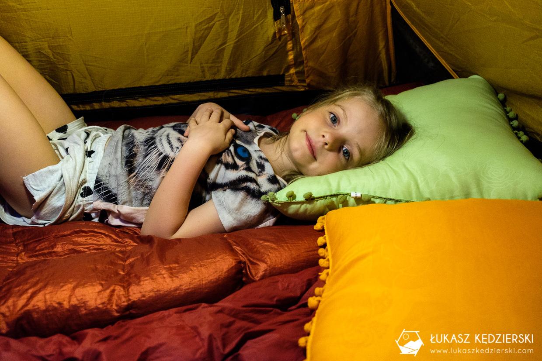 podróż do omanu namiot