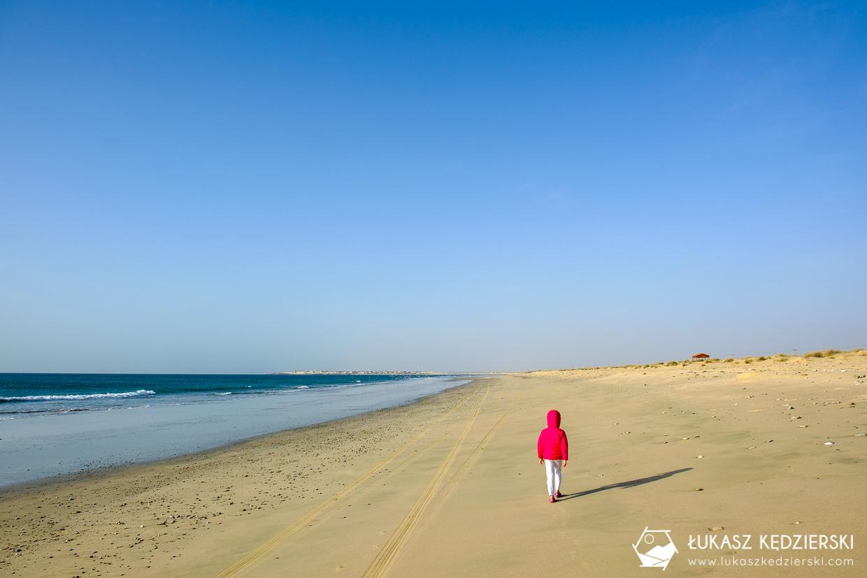 podróż do omanu plaża